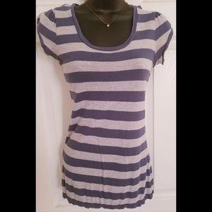 Stripped short sleeve shirt